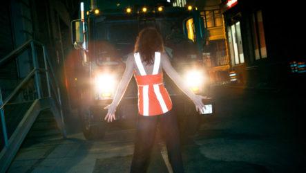 Светоотражающие элементы для пешеходов: их виды и необходимость использования